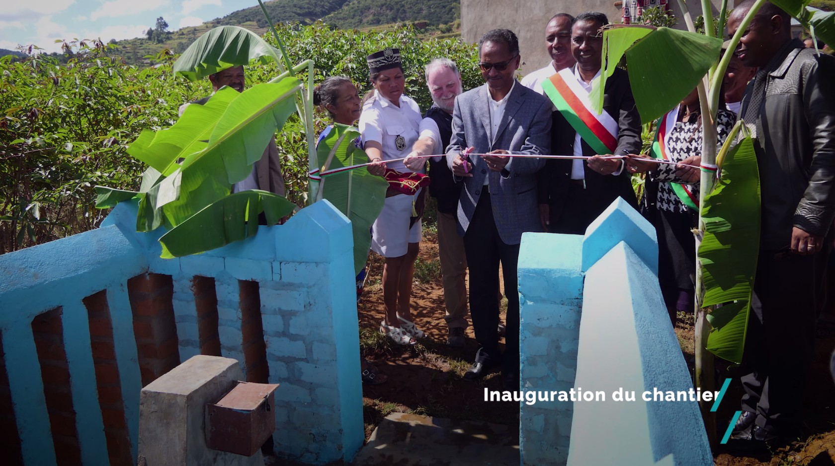 Inauguration des travaux : alimentation en eau potable des villages de Sahanivotry